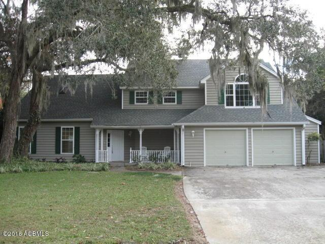 1098 Otter Circle, Beaufort, SC 29902 (MLS #150401) :: RE/MAX Island Realty