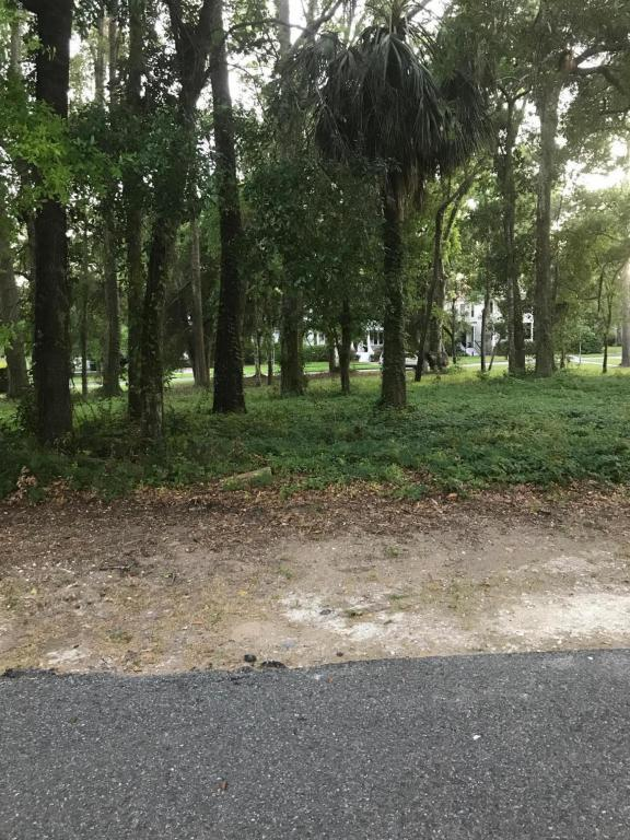 15 Wrights Point Circle, Beaufort, SC 29902 (MLS #152620) :: RE/MAX Coastal Realty