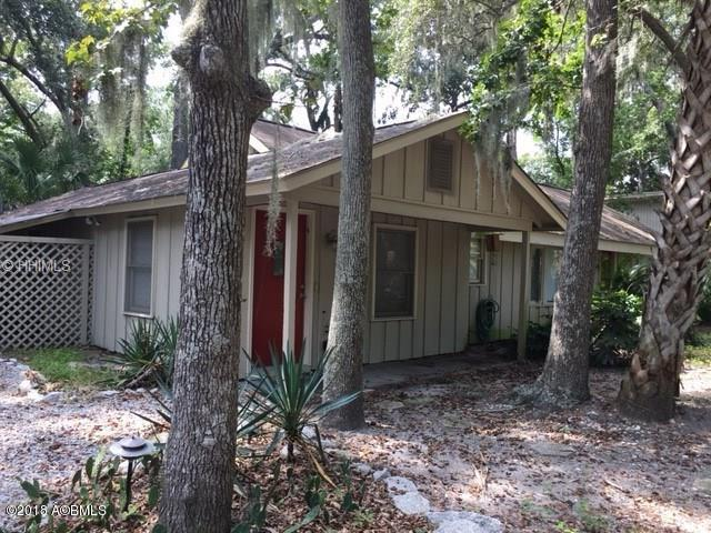 8 Park Road, Hilton Head Island, SC 29928 (MLS #155235) :: RE/MAX Island Realty