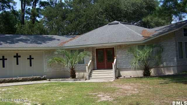 1 Joe Frazier Road, Beaufort, SC 29906 (MLS #155608) :: RE/MAX Island Realty