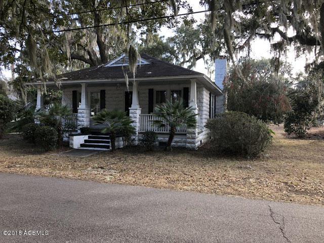 2106 North Street, Beaufort, SC 29902 (MLS #155701) :: RE/MAX Island Realty