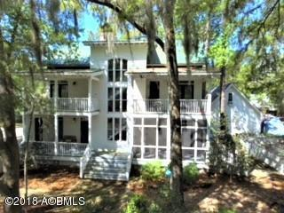 17 Holbrook Drive, Beaufort, SC 29902 (MLS #156859) :: RE/MAX Island Realty