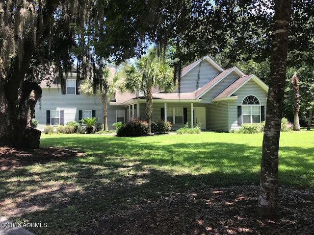 15 Woods Court, Ridgeland, SC 29936 (MLS #157413) :: RE/MAX Coastal Realty