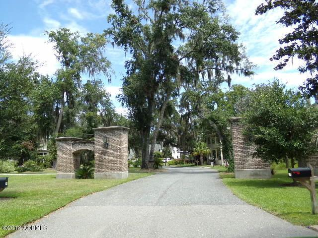 62 Wrights Point Circle, Beaufort, SC 29902 (MLS #158700) :: RE/MAX Coastal Realty