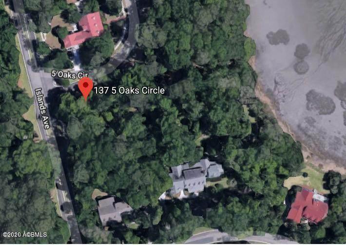 137 Five Oaks Circle - Photo 1
