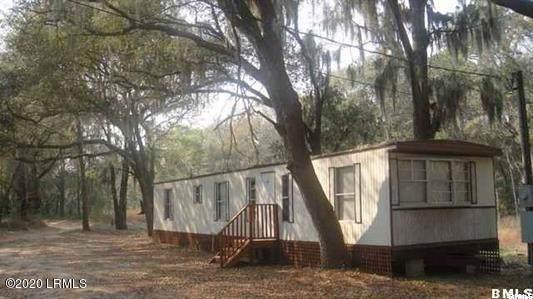 25 Hidden Oaks Road, St. Helena Island, SC 29920 (MLS #168924) :: Coastal Realty Group