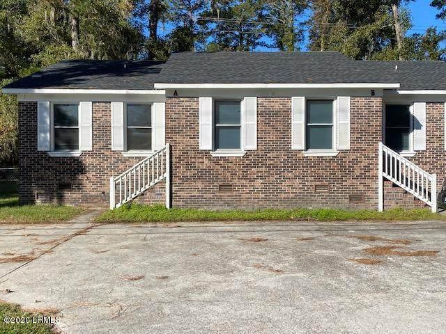 11 Adams Circle, Beaufort, SC 29902 (MLS #168966) :: Shae Chambers Helms | Keller Williams Realty
