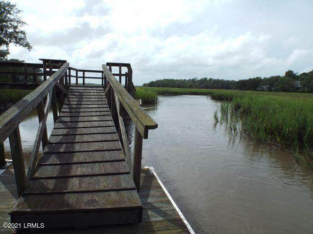 105 Willow Point Road, Beaufort, SC 29906 (MLS #169945) :: Coastal Realty Group
