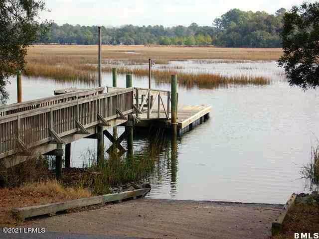 5 Blake Lane, Seabrook, SC 29940 (MLS #171789) :: RE/MAX Island Realty