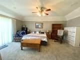 276 Broadmoor - Photo 13