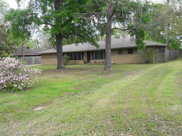 135 Oakcrest, Lumberton, TX 77657 (MLS #196582) :: TEAM Dayna Simmons