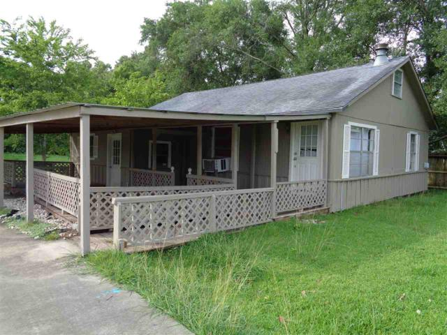 235 E Courtland, Vidor, TX 77662 (MLS #196746) :: TEAM Dayna Simmons