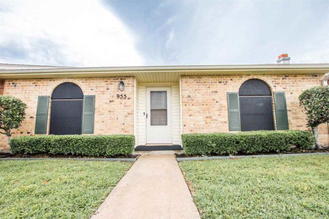 955 Park Meadow, Beaumont, TX 77706 (MLS #196944) :: TEAM Dayna Simmons