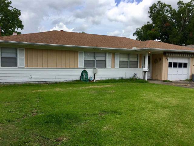 6351 Dave St, Groves, TX 77619 (MLS #197247) :: TEAM Dayna Simmons
