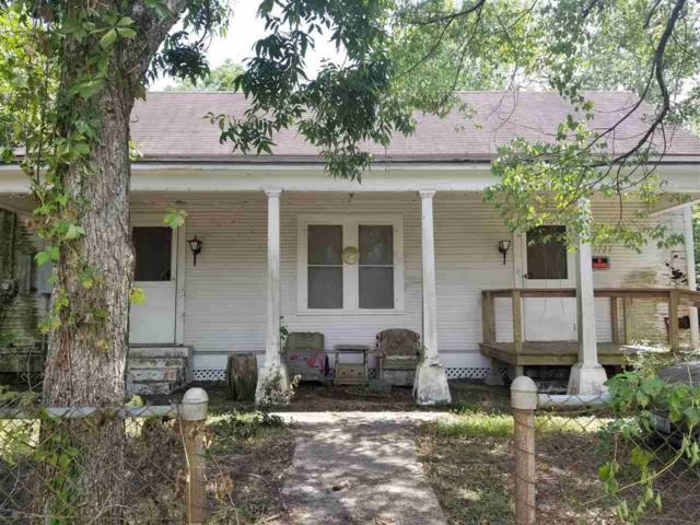 1727 Crockett St., West Orange, TX 77630 (MLS #197502) :: TEAM Dayna Simmons