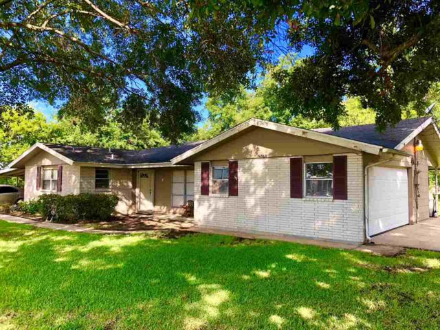 5285 W Jefferson, Groves, TX 77619 (MLS #198063) :: TEAM Dayna Simmons
