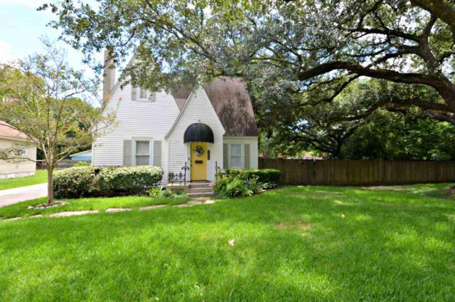 2424 Glenwood Dr, Port Arthur, TX 77642 (MLS #198072) :: TEAM Dayna Simmons