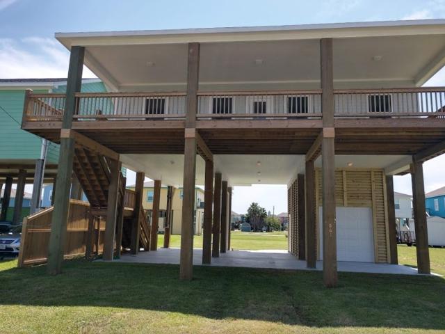 861 Palmetto, Crystal Beach, TX 77650 (MLS #198082) :: TEAM Dayna Simmons