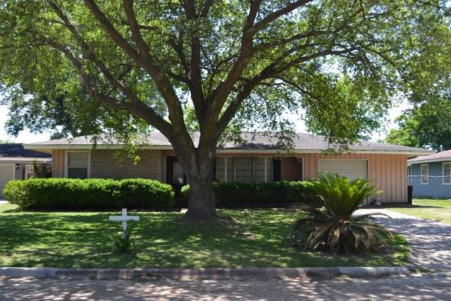 855 Carolina Dr, Bridge City, TX 77611 (MLS #198111) :: TEAM Dayna Simmons