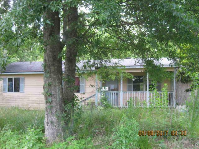 940 Pin Oak, Vidor, TX 77662 (MLS #198956) :: TEAM Dayna Simmons