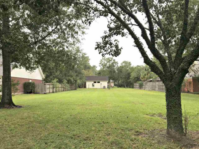 106 Wade St, Silsbee, TX 77656 (MLS #199695) :: TEAM Dayna Simmons