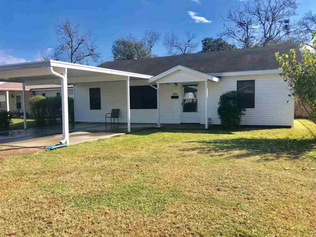 2233 2nd St., Port Neches, TX 77651 (MLS #200601) :: TEAM Dayna Simmons