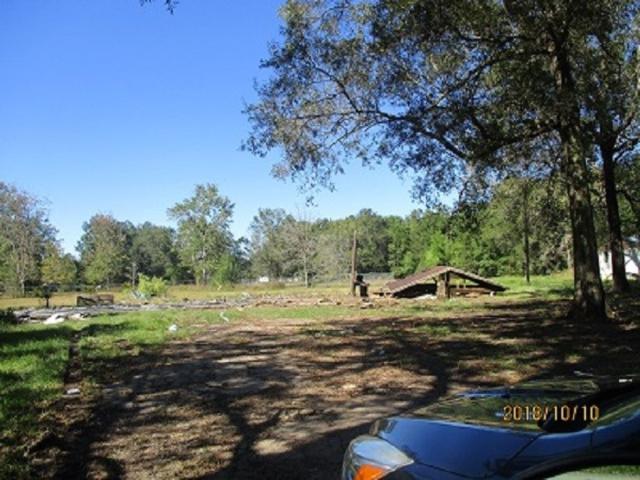 7102 Royal Oaks Circle, Orange, TX 77632 (MLS #200734) :: TEAM Dayna Simmons