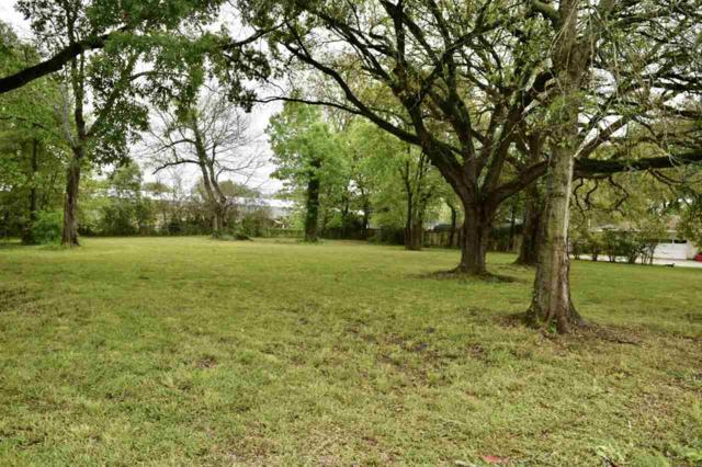 2550 N 10th St, Beaumont, TX 77703 (MLS #203217) :: TEAM Dayna Simmons