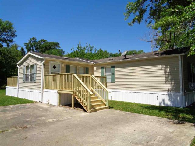 830 Ann St, Sour Lake, TX 77659 (MLS #203312) :: TEAM Dayna Simmons