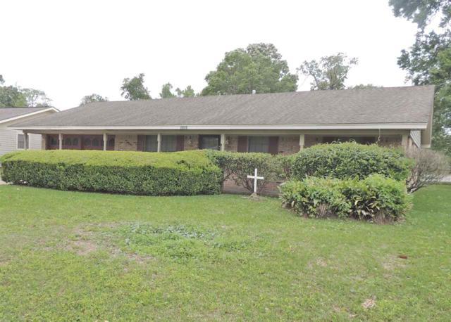 5250 Cambridge Lane, Beaumont, TX 77707 (MLS #203472) :: TEAM Dayna Simmons