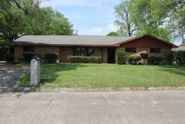 2028 Melwood Dr., Orange, TX 77630 (MLS #203473) :: TEAM Dayna Simmons