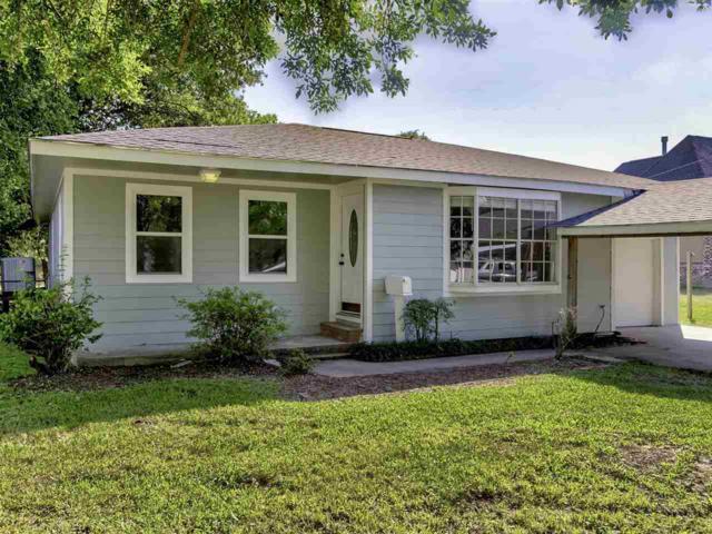 3141 Hickory Ave., Groves, TX 77619 (MLS #204140) :: TEAM Dayna Simmons