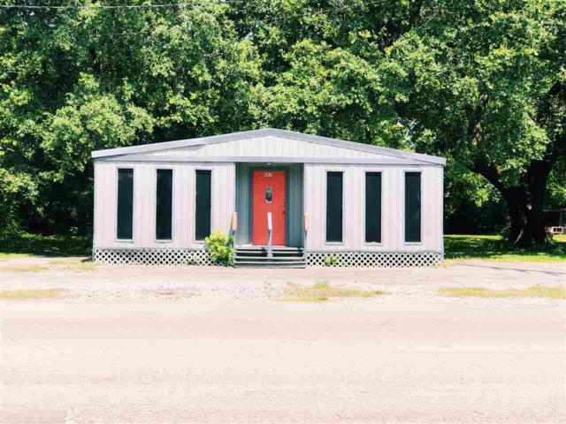 6031 Monroe Blvd, Groves, TX 77619 (MLS #204751) :: TEAM Dayna Simmons