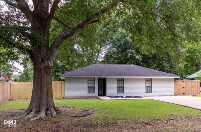 835 N 3rd Street, Silsbee, TX 77656 (MLS #204915) :: TEAM Dayna Simmons