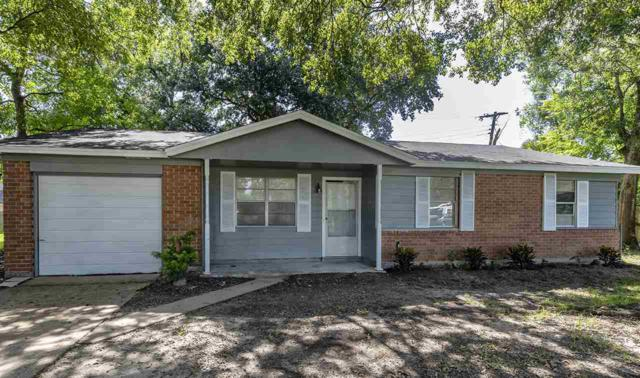 1300 Bay St, Orange, TX 77630 (MLS #205771) :: TEAM Dayna Simmons