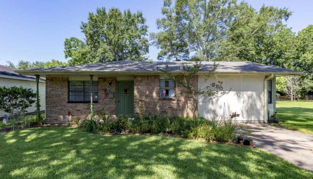 590 Smelker St, Beaumont, TX 77707 (MLS #206010) :: TEAM Dayna Simmons