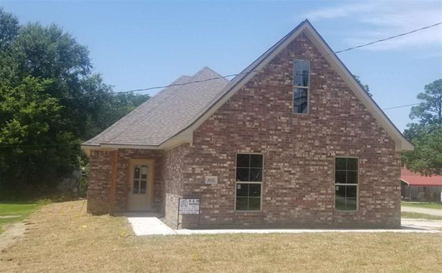 802 Marion, Port Neches, TX 77651 (MLS #206069) :: TEAM Dayna Simmons