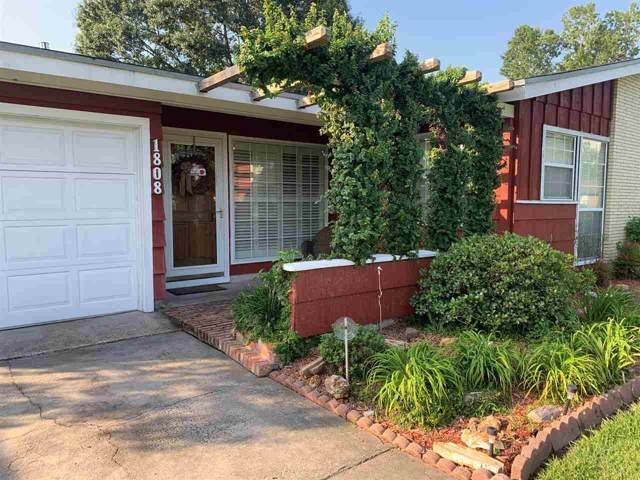 1808 Wilson, Orange, TX 77632 (MLS #207222) :: TEAM Dayna Simmons