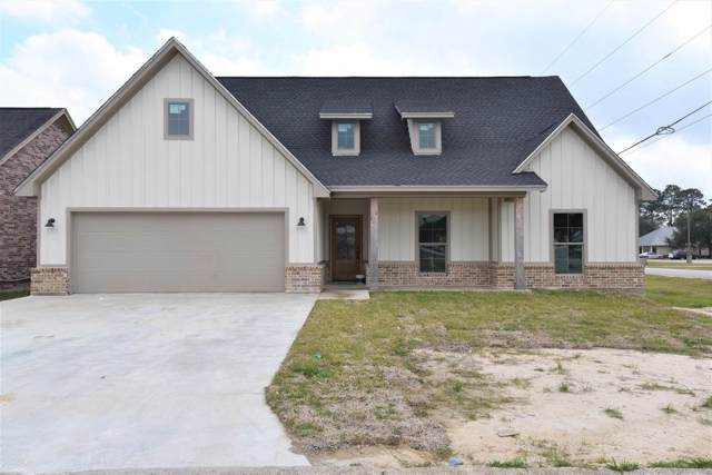 1870 Lindsey Lane, Nederland, TX 77627 (MLS #208907) :: TEAM Dayna Simmons