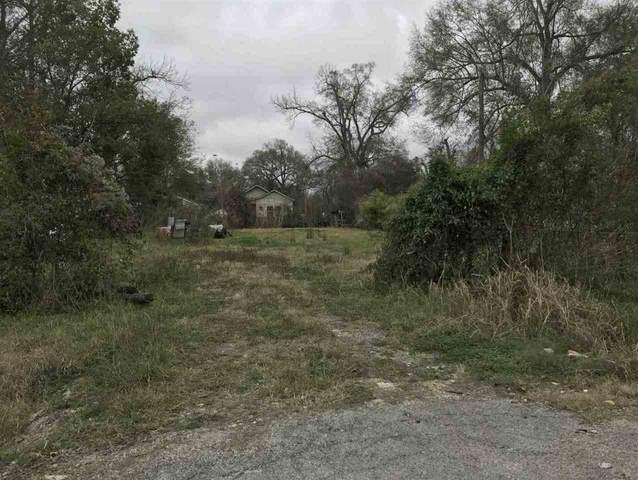 680 Terrell, Beaumont, TX 77701 (MLS #210273) :: TEAM Dayna Simmons