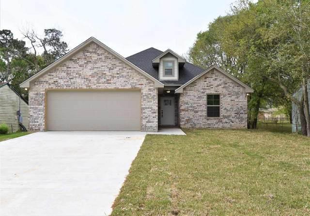 3119 Oak Ave, Groves, TX 77619 (MLS #210887) :: TEAM Dayna Simmons