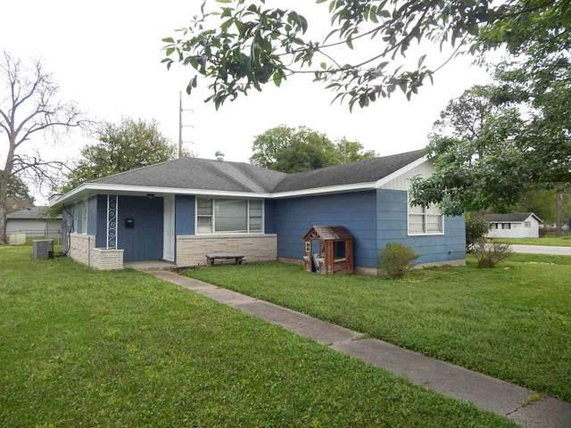 4800 Simpson Avenue, Groves, TX 77619 (MLS #211001) :: TEAM Dayna Simmons