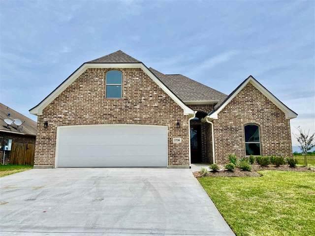 1730 E Blue Stem, Beaumont, TX 77713 (MLS #212001) :: TEAM Dayna Simmons