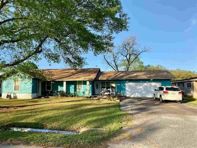 3130 Cherry, Groves, TX 77619 (MLS #212201) :: TEAM Dayna Simmons