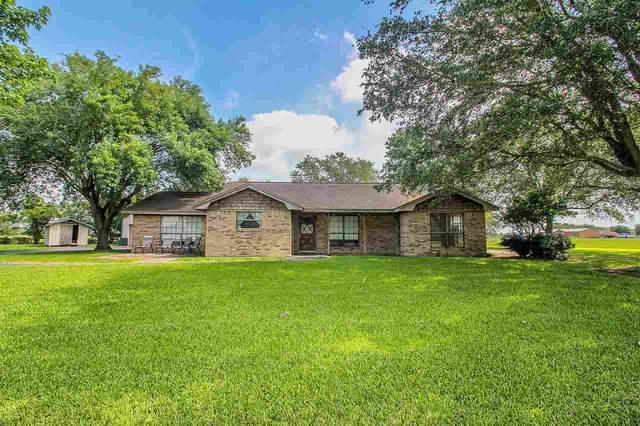 106 N Lake Dr., Winnie, TX 77665 (MLS #212290) :: TEAM Dayna Simmons