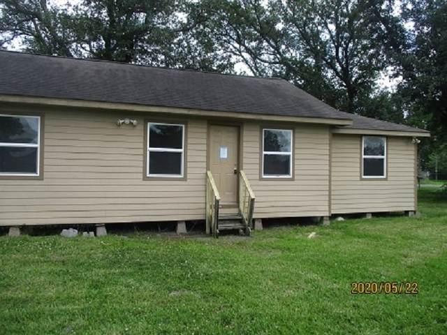 724 8th, Winnie, TX 77665 (MLS #212299) :: TEAM Dayna Simmons