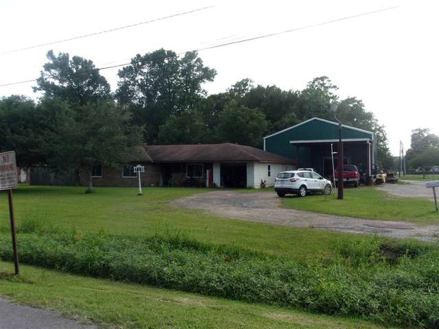 710 Woodland, Vidor, TX 77662 (MLS #213475) :: TEAM Dayna Simmons