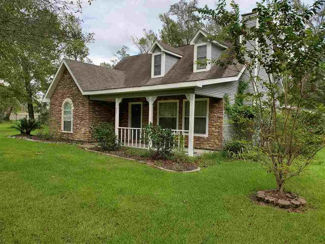 449 E Young, Bridge City, TX 77611 (MLS #214811) :: TEAM Dayna Simmons