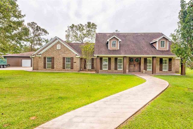 9085 Terry Estates Dr, Orange, TX 77630 (MLS #215037) :: TEAM Dayna Simmons
