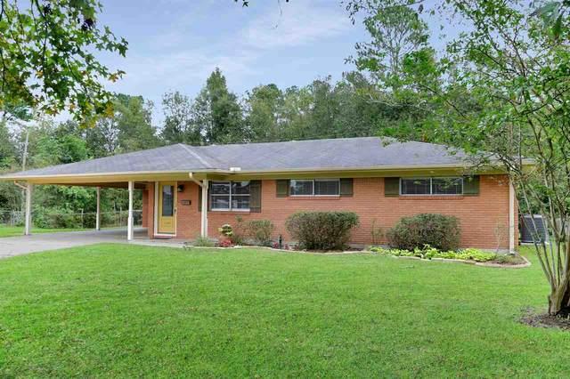 1390 Crestview, Vidor, TX 77662 (MLS #215686) :: TEAM Dayna Simmons